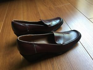 Dressy Shoes / Genuine leather.