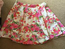 Cotton On size L floral skirt Woolooware Sutherland Area Preview