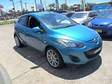 2011 Mazda Mazda2 AUTOMATIC 5D Hatchback BLUE Lansvale Liverpool Area Preview