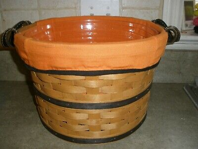 2005 LONGABERGER SMALL BUSHEL HALLOWEEN BOO BASKET WITH LINER, PROTECTOR - MINT