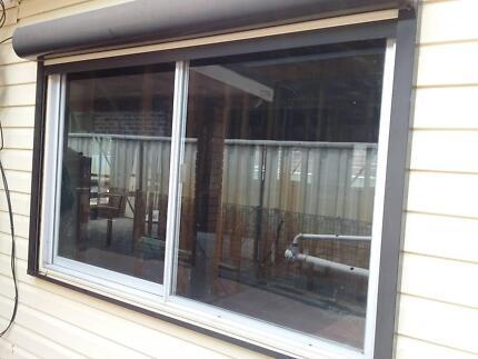 Window 1810 x1200