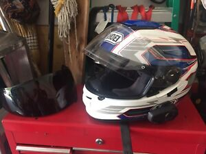 Shoei GT air with pin lock and tinted visor like new