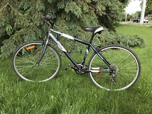 """Nakamura Hybrid 21 speed bike with 28"""" rims A1 condition"""