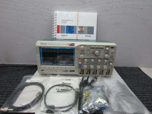 Tektronix MSO2024 Mixed Signal Oscilloscope  4 + 16 Channel 200MHz