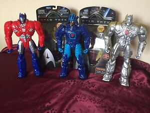 Transformers and Star Trek figures new