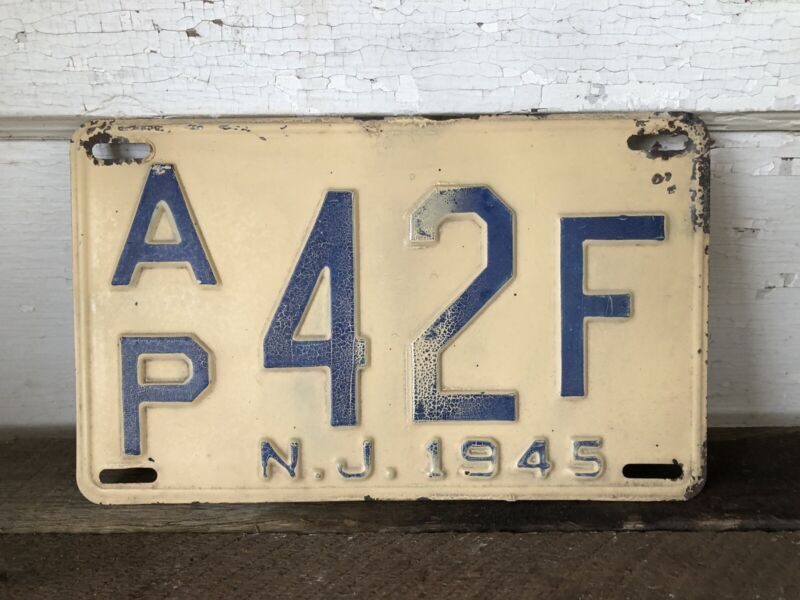 Vintage License Plate New Jersey 1945
