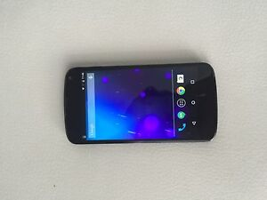 Mint condition LG nexus 4 with Rogers