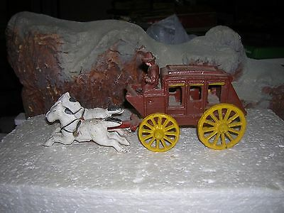 Vintage Cast Iron Horse Drawn STAGECOACH Wagon Toy