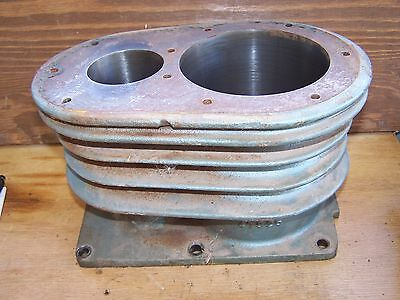 Kellogg American 452 Compressor R. Side Cylinder Block