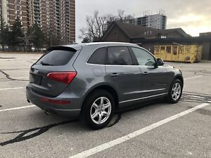 2012 AUDI Q5 LOW KMS!! NO ACCIDENTS!! ONE OWNER!!