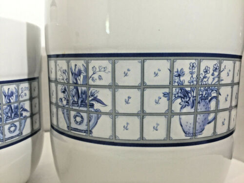Stoneware by Pomerantz Blue & White Biscuit/Tea Jars Canisters wLids Set of Four
