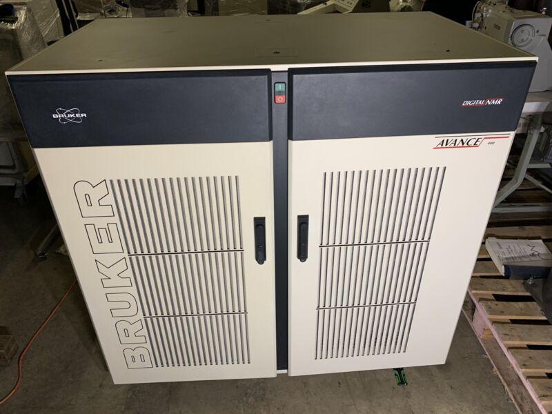 Bruker Digital NMR Avance 400