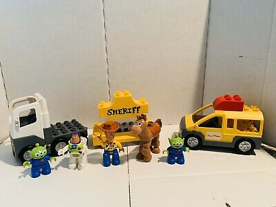 Lego Duplo Disney Toy Story Woody & Bullseye And Buzz Lightyear Aliens Figures