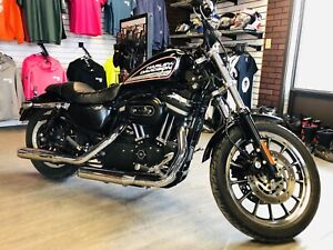 Harley Davidson 883R Roadster! $6499 financing available!!