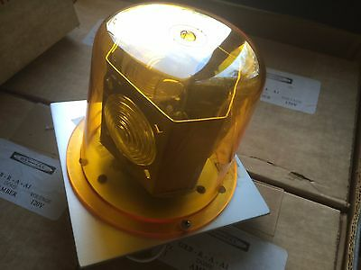 Hubbell Rotating Beacon Light 120v Amber Lens Grb-r-a-a1 New Nos