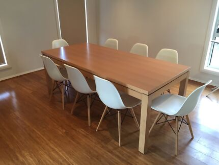 Replica Eames Dinning Chairs Palmerston Gungahlin Area Preview