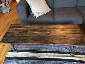 metal pipe coffee table