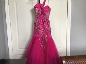 Prom or pageant dress