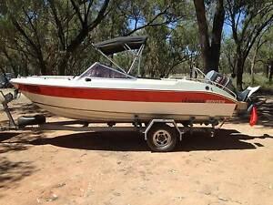 Hains Hunter  5.3m. Bowrider Ski/Fishing Boat Irymple Mildura City Preview