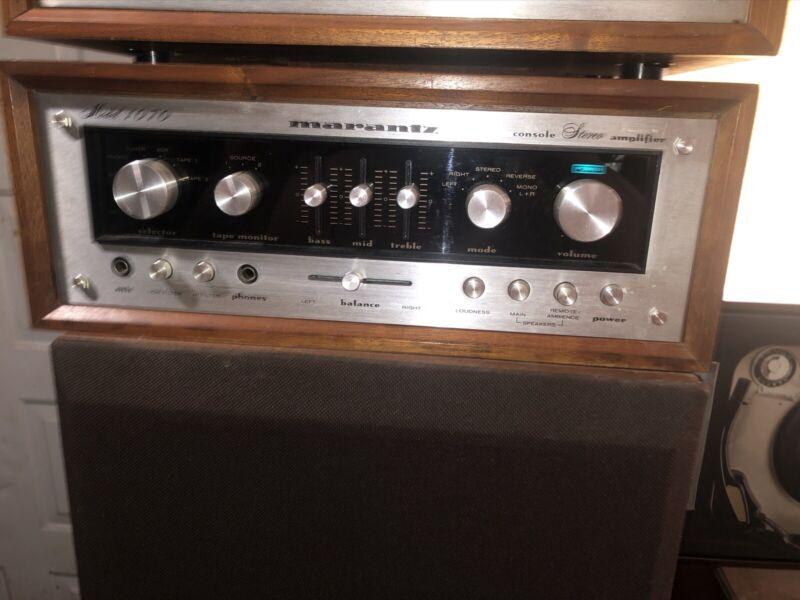 Marantz 1070 Amp With Cabinet