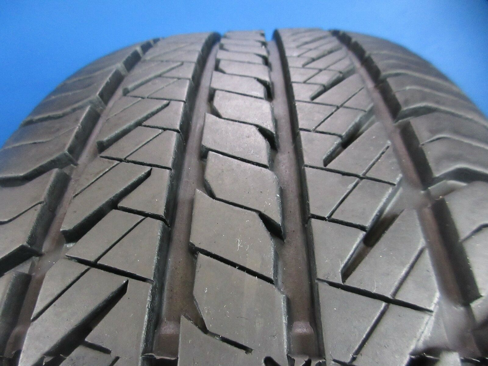 One Used General Evertrek RTX   235 60 17  10/32 High Tread C1349