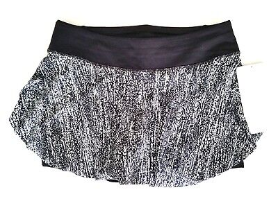 Lululemon Quick Pace Skirt Size 10 Black White AIRT NEW WITH TAGS