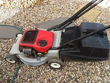 victa 2 stroke lawn mowers Hoppers Crossing Wyndham Area Preview