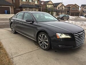 [PRICE REDUCED & OBO] 2011 AUDI A8 4.2L fully loaded!!!