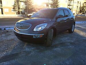 Buick Enclave - 8 Seater