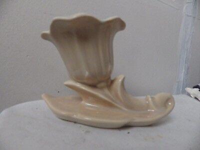 beswick vase 846 flower and leaf design