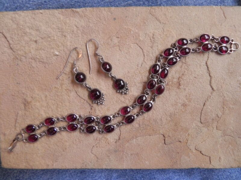 Garnet & Sterling Silver .925 Earrings & Bracelet SET Thailand