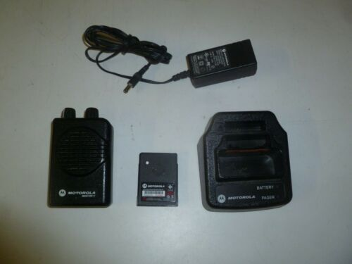 Motorola Minitor V 151-158.9 MHz VHF 2 Channel Fire EMS Pager & Charger ga348e