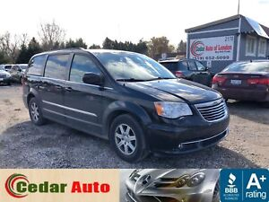 2012 Chrysler Town & Country Touring - DVD