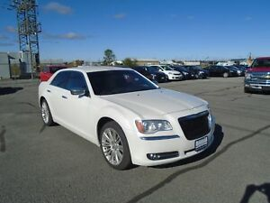 "2011 Chrysler 300 Limited ""NAPANEE LOCATION"""