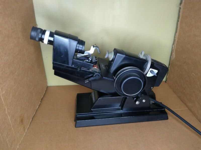 Topcon LM-6E Lensmeter Lombart Instrument (made In Japan)