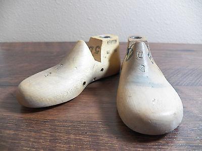 Childrens Wood Wooden 1 Pair SIZE 5.5 D Dress Shoe Lasts Molds Cobbler 3475