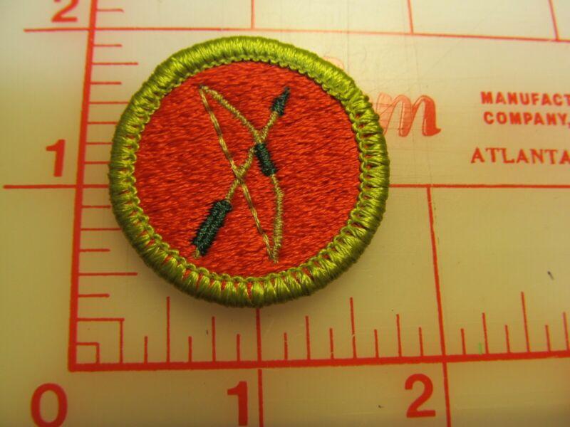 ARCHERY merit badge plastic backed patch (oP)