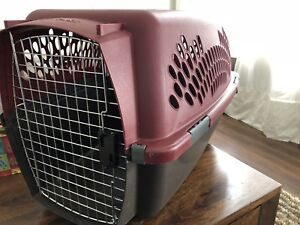 Large sized pet carrier