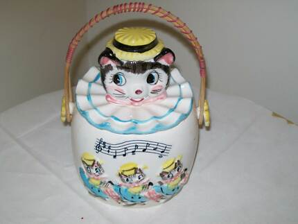 Vintage Cats Kittens Biscuit Barrel with Wicker Handle Noarlunga Downs Morphett Vale Area Preview