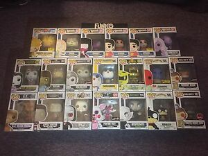 POP FUNKO TOYS MINT CONDITION