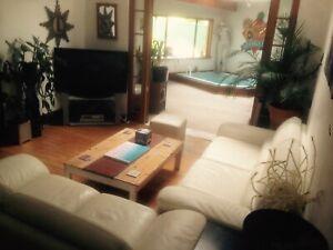 Bondi Beach House, room for rent.