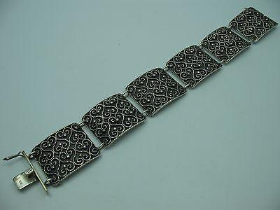 Handarbeit Sehr schönes breites altes Armband aus 835 Silber