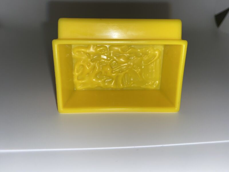 Fisher Price Little People Yellow Hay Food TROUGH w/ Hook, Part for Farm or Barn