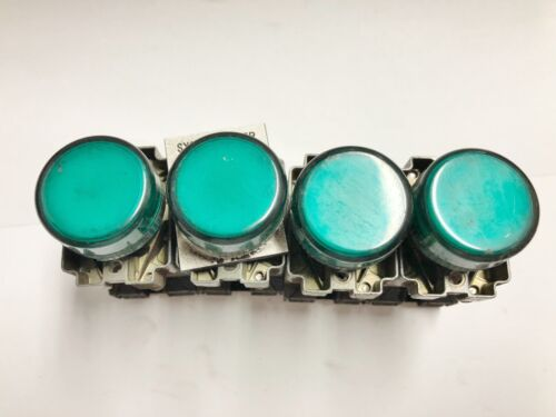 Telemecanique IndicatorLight  Button Light Z-BV3 Green LOT OF 4  #6891