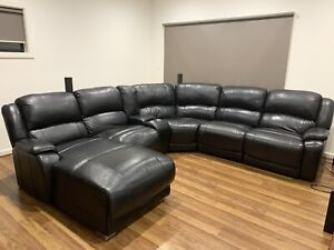 6 Piece Modular, 5 Seats (including recliner and chaise)