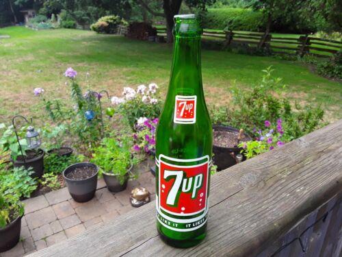 7 up 10 Fl. OZ. Vintage Pop / Soda Bottle. Collectible Bottles. Advertising