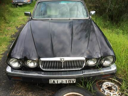 Jaguar XJ12 XJ6 sovereign 420 compact 420G vanden plas Badgerys Creek Liverpool Area Preview