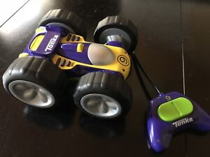 Fisher Price Bat man/Robin Helicopter Set & Tonka R/C Car