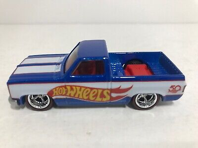 HOT WHEELS '83 CHEVY SILVERADO DISPLAY CASE EXCLUSIVE 1:64 SCALE TRUCK ONLY