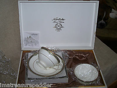Noritake Wood - Wood Boxed Gift Set Noritake Stream Side 2 Cup & Saucer Sets